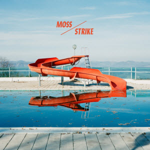 Recensie Moss-Strike
